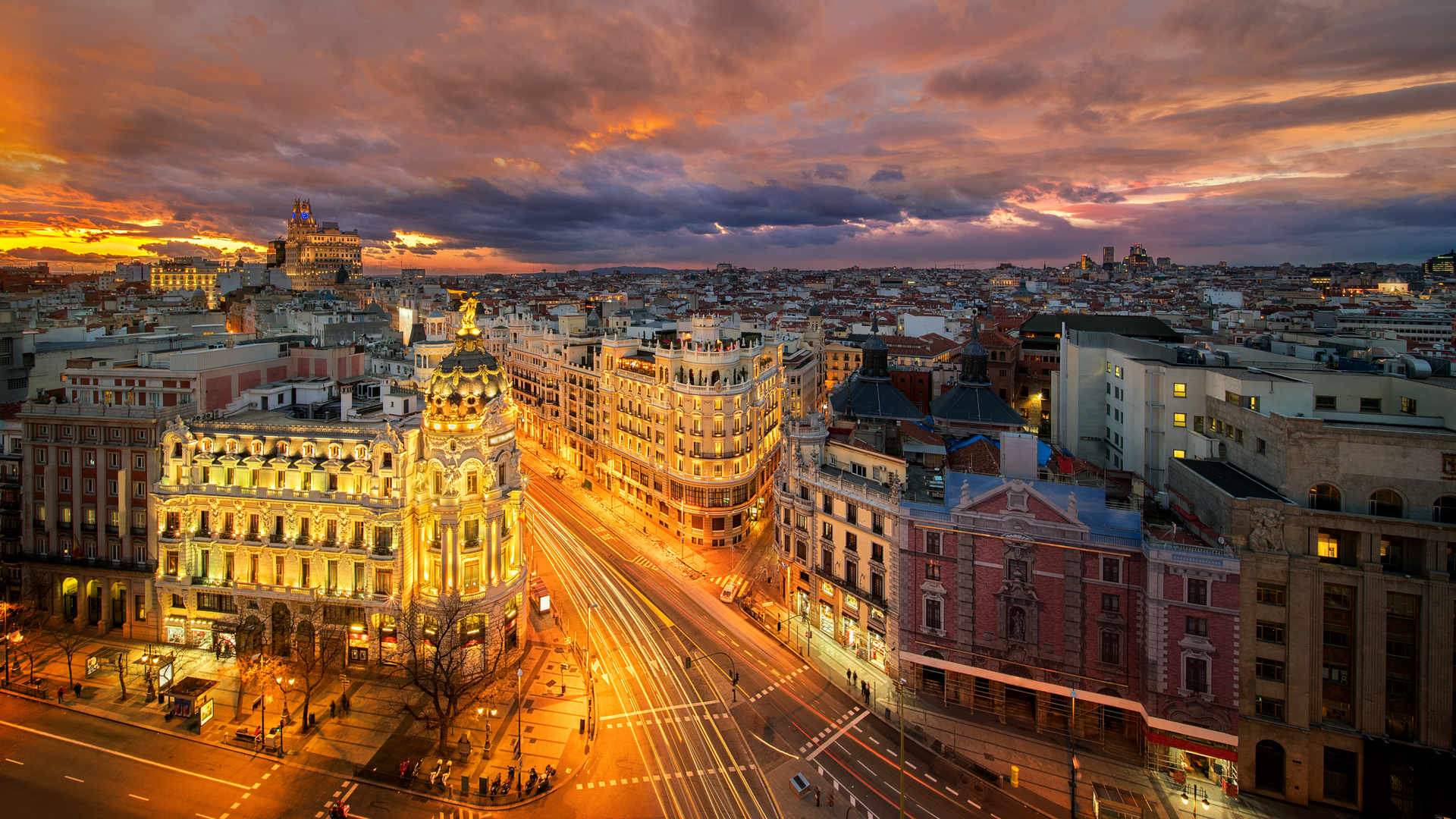 Discover Madrid With Iberia A 233 Roport Paris Vatry